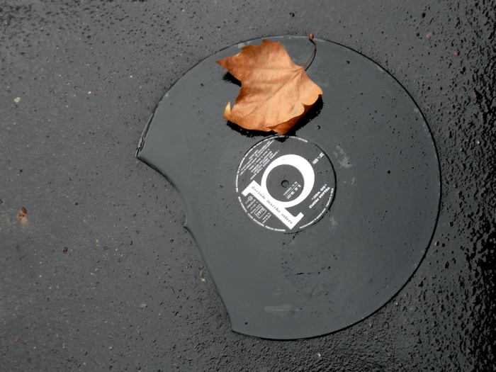 vinyl  & bitume / vinyl  & asphalt