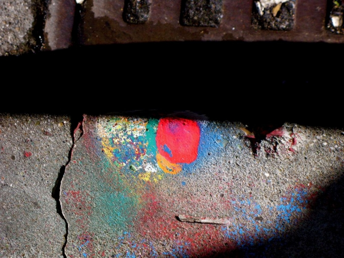 caniveau coloré / colorful gutter