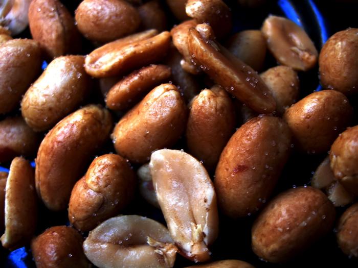 cacahuetes / peanuts