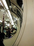 On the Tube&#13;Pas de commentaires.