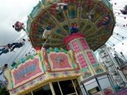 man�ge / merry-go-round1 commentaire.