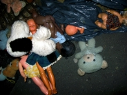 orgie de jouets / toys orgy&#13;1 commentaire.